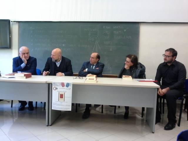 foto presentazione UNIME dibattito